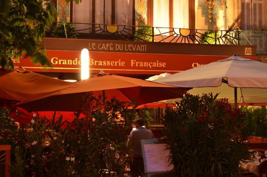 Café du Levant  - Café du Levant - enseigne de nuit -   © Café du Levant