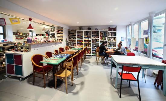 Café Jeux Natema   © Yannis Tsigiannis