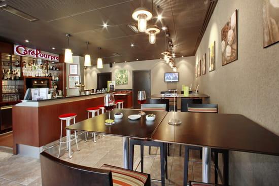 Café Pourpre Restaurant  - Le bar à vin -   © Pedrotti