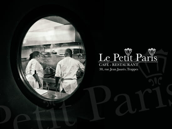 Café - Restaurant Le Petit Paris