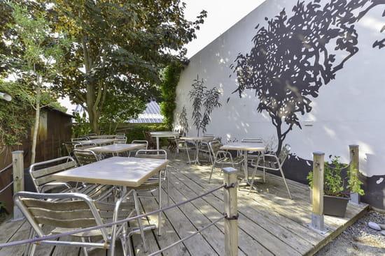 Café Sur Cour   © Philippe Marchand