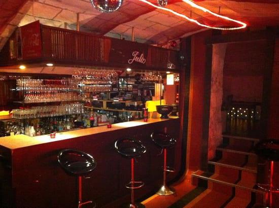 Chez Julio  - Le bar du sous-sol -