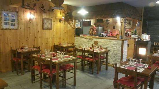 , Restaurant : Chez Natacha et Gael  - Salle -