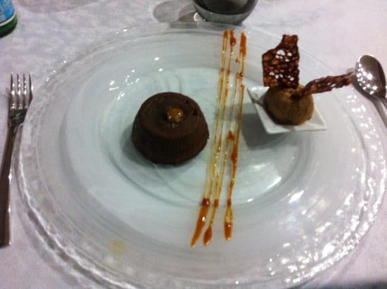 D'Cadei  - Moelleux au chocolat maison, cœur coulant caramel beurre salé -