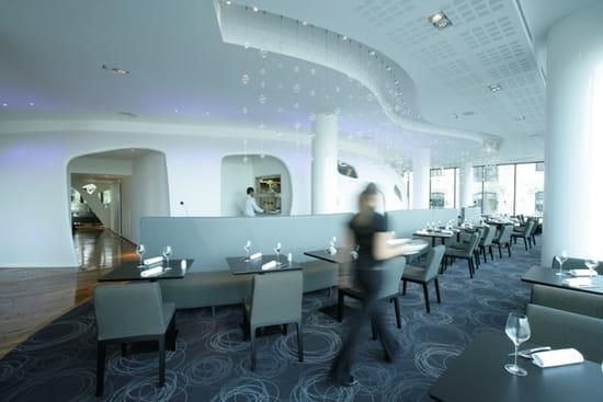 dock of the bay restaurant de cuisine moderne marseille. Black Bedroom Furniture Sets. Home Design Ideas