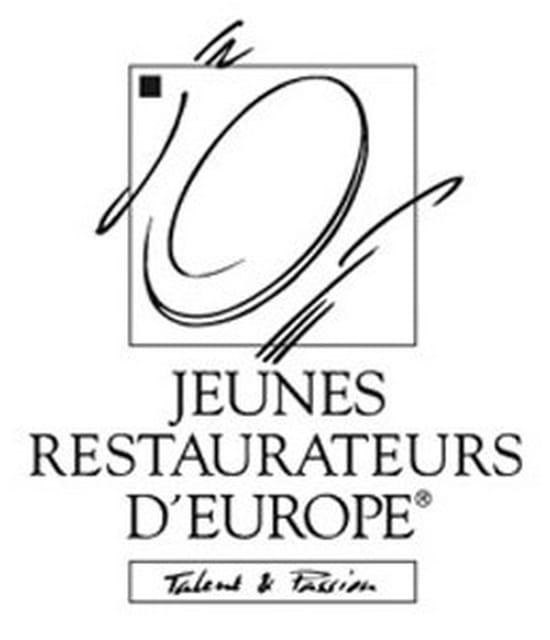 DUCOS Restaurant
