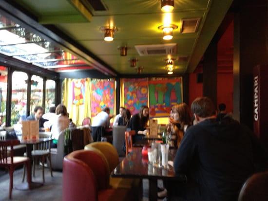 , Restaurant : Dupont Café
