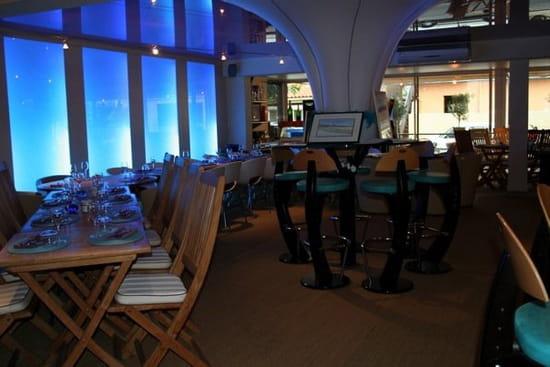 G Restaurant, Café & Salon de Thé