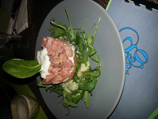, Entrée : Gastonomie  - Tartar de saumon  -