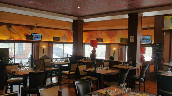 Grill de la Tour  - Salle du restaurant -   © p.deltour