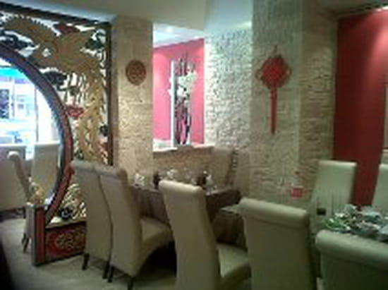 hong yun restaurant chinois antibes avec linternaute. Black Bedroom Furniture Sets. Home Design Ideas