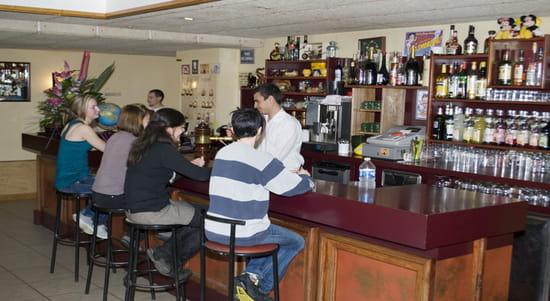 Hôtel de France  - bar de l'hôtel de france de chaudeyrac -   © EDMOND olivier