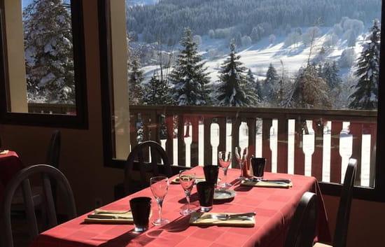 Hôtel - Restaurant Le Feug - La table d'Amélie  - Salle de restaurant -   © Hôtel - Restaurant Le Feug - La table d'Amélie