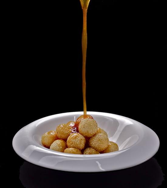 Huatian Chinagora  - Boules de riz gluant au sésame et caramel maison -
