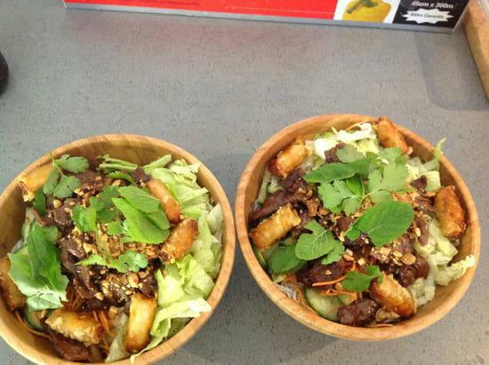 , Plat : Ici Sushi Lounge  - Bo bun -