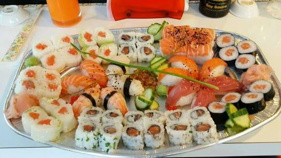 , Plat : Ici Sushi Lounge  - Ici plateau  -