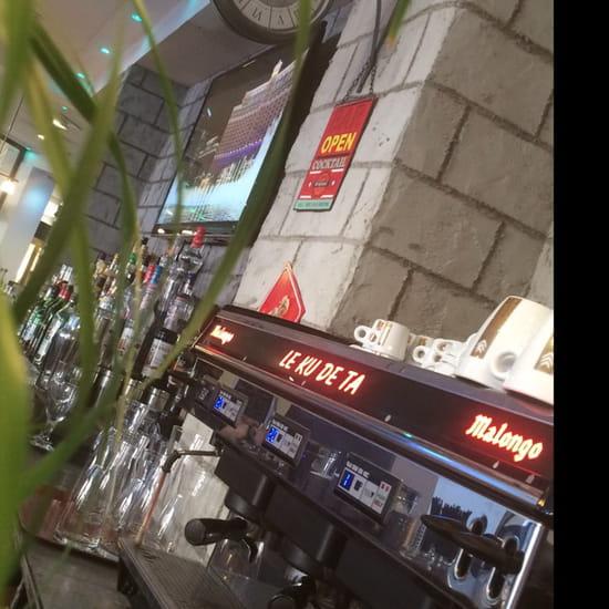 , Restaurant : Kù de ta  - Le bar -