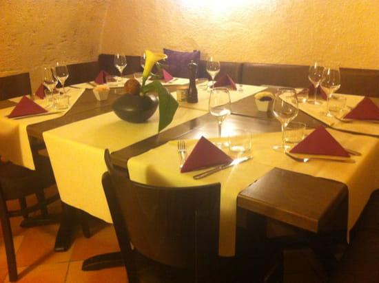 L'Alcôve  - tables -