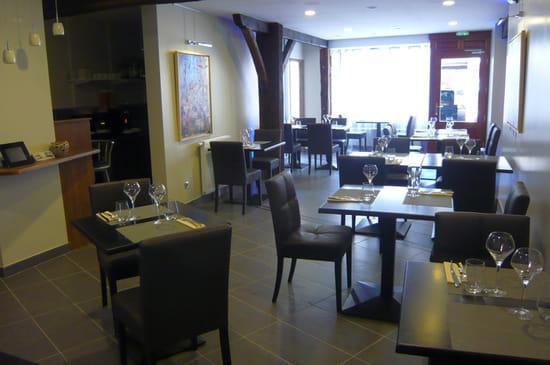 L'Arôme  - La grande salle du restaurant l'Arôme à Chagny -   © Restaurant l'Arôme