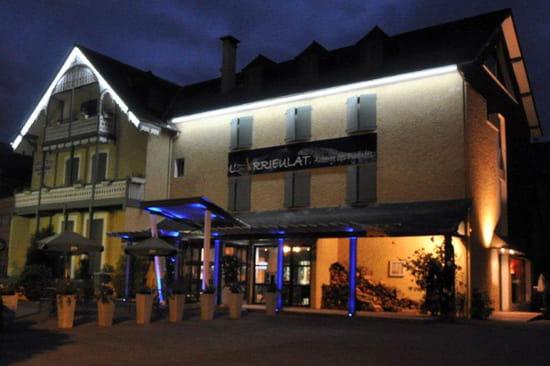 L'Arrieulat, Auberge des Pyrénées  - L'auberge le soir -   © s.cano