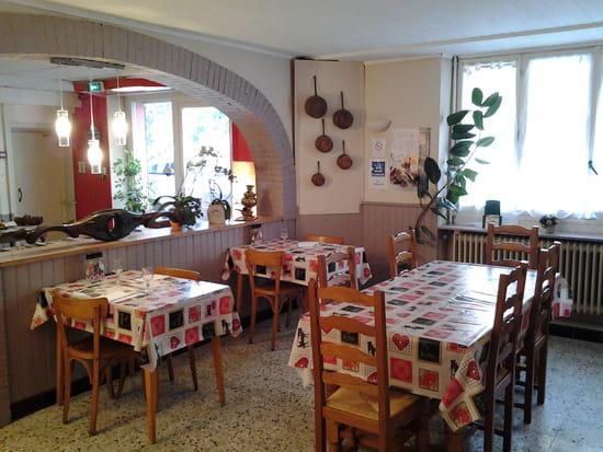 L'Auberge de Chaussin  - salle restaurant -