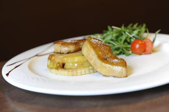 L'Endroit  - tarte tatin et escalope de foie gras pôèlée -