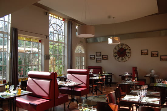 L 39 estagnol restaurant de poissons fruits de mer saint for Restaurant poisson salon de provence