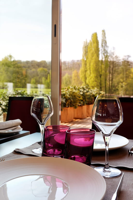 l 39 or e la parenth se restaurant de cuisine traditionnelle saulx les chartreux avec linternaute. Black Bedroom Furniture Sets. Home Design Ideas