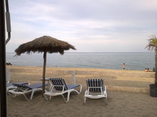 L' Ovalie Beach