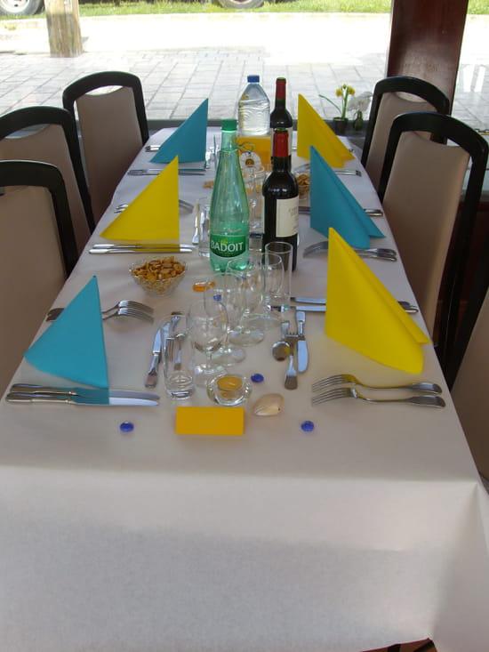 La Bélandre - Bateau Restaurant Angoulême  - Salle bateau restaurant La Bélandre Angoulême -   © SARL La Bélandre
