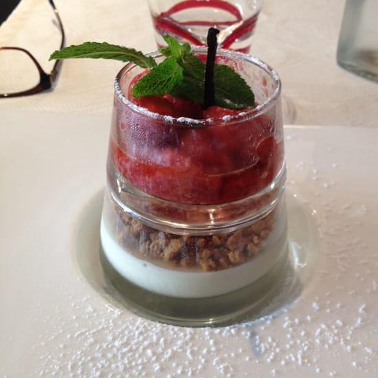 , Dessert : La cantine du 7  - Crumble fruits rouges -