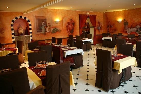 la chope de l 39 orient restaurant marocain coulommiers avec linternaute. Black Bedroom Furniture Sets. Home Design Ideas
