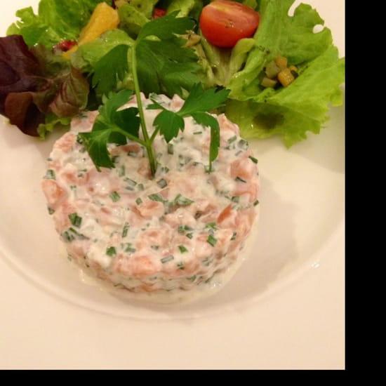, Entrée : La Couronne  - Tartare de saumon -