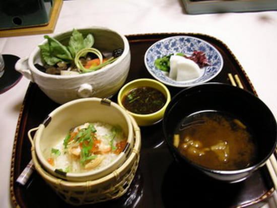 La cuisine priv e s restaurant japonais talence avec for Cuisine 8000 euros