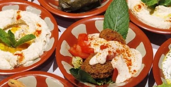 La fine fourchette libanaise restaurant libanais agde - La table libanaise la fourchette ...