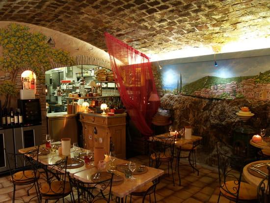 "La Fleur de Thym  - bar""lafleurdethym""Bormes-village. -"