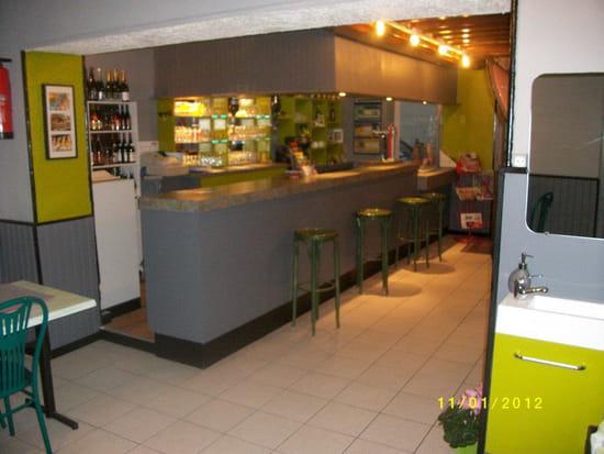 La Fourchette de Brion  - salle de bar 1 -   © wakrim