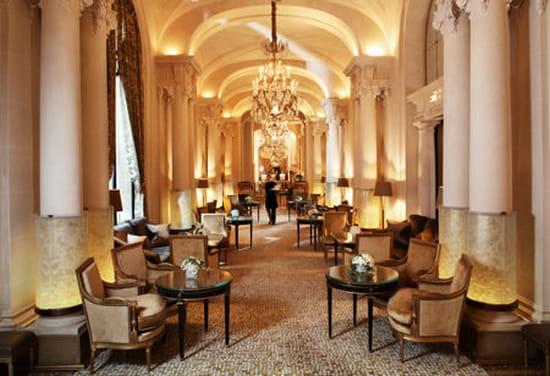 La galerie des gobelins plaza ath n e salon de th paris avec linternaute - Salon de la photo a paris ...