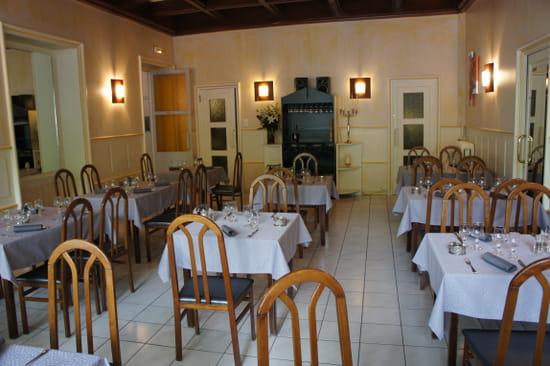 La Gare Restaurant   © mainiou