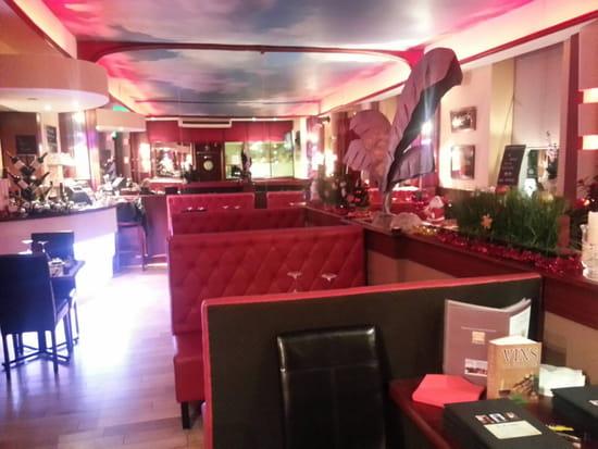 , Restaurant : La grillade  - La salle du restaurant -