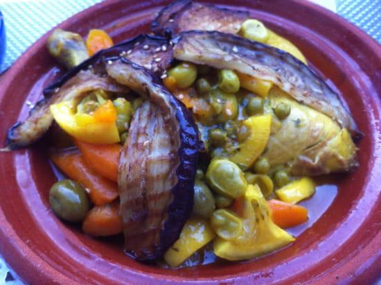 , Plat : La Kasbaa chez Abdel  - Tajine poulet olives citron -