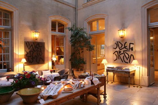 la mirande restaurant gastronomique avignon avec linternaute. Black Bedroom Furniture Sets. Home Design Ideas