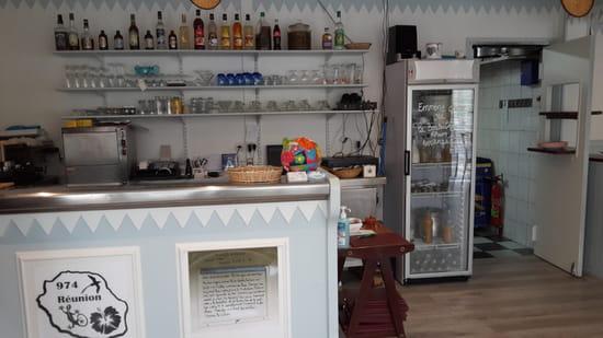 La P'tite Cuillère Créole  - le bar -   © Joël
