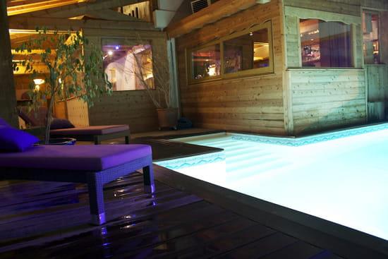 La Perelle  - La piscine -   © Family resort La Perelle