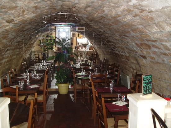 La Sauvette  - une salle à manger -   © jlm