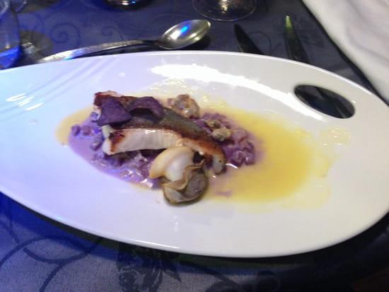 Restaurant Table Armandie Menus