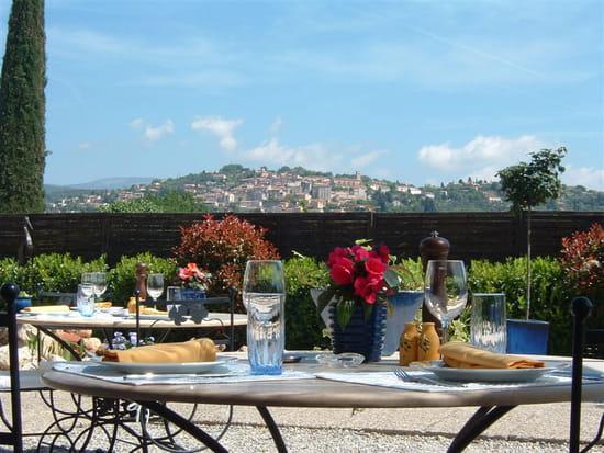 La Table D Yves Restaurant Menu