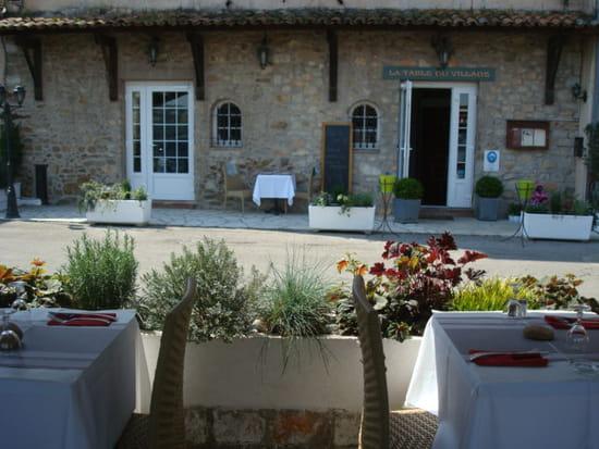 La Table du Village  - L'entrée -   © Marie-jo Stoecklin