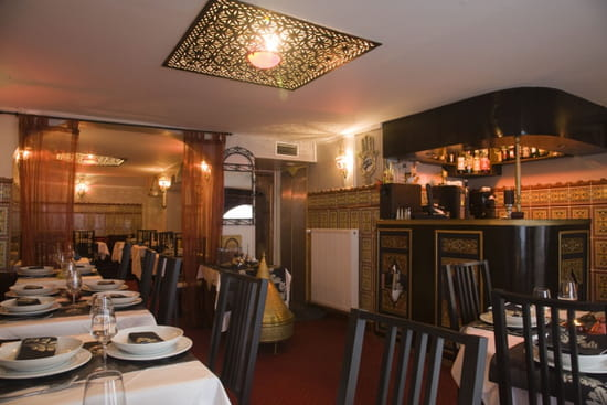 la table marocaine restaurant marocain lille avec linternaute. Black Bedroom Furniture Sets. Home Design Ideas