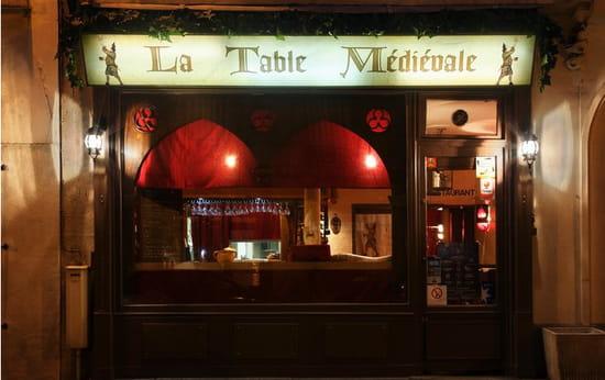 La Table Médiévale